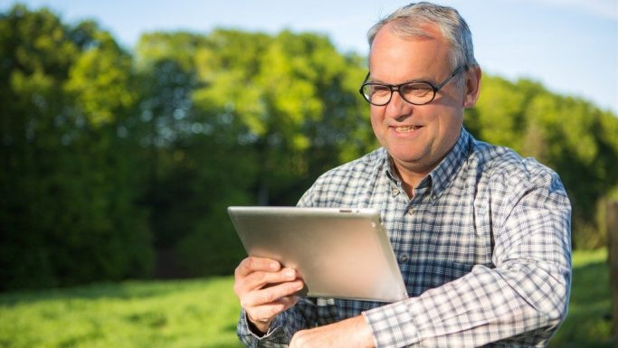 Få e-Boks som app på din telefon eller tablet
