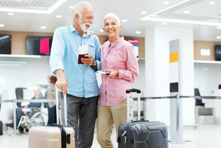 par lufthavn pas kufferter
