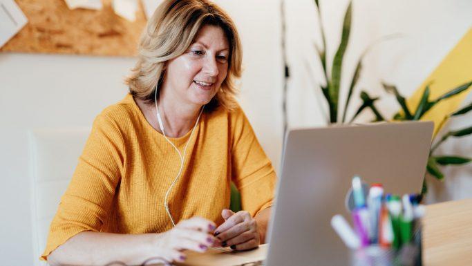 Flere ældre handler på nettet